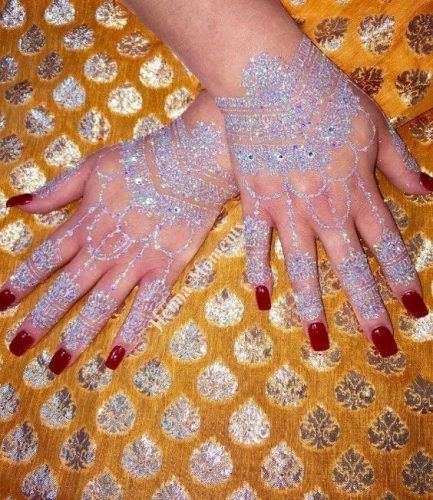 Best Glitter Mehndi Designs (6)