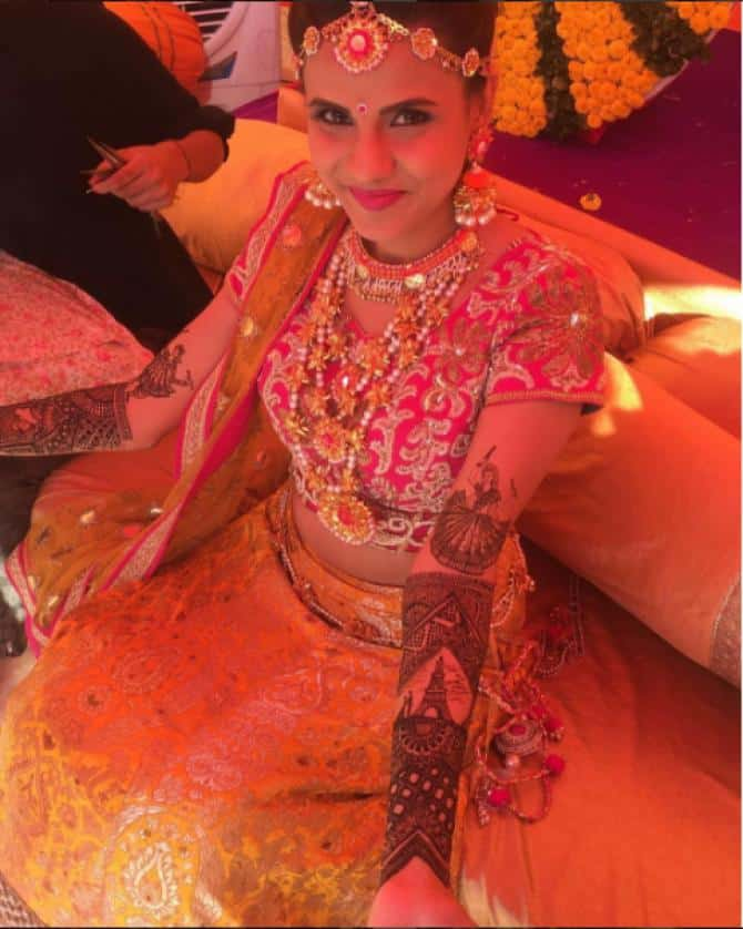 Celebrities Wedding Mehndi Designs (2)