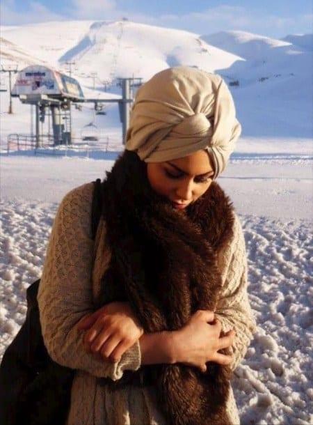 Modest Fashion Ideas with Pashmina Scarves (3)