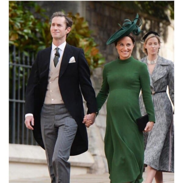Maternity Christmas Outfit.28 Best Maternity Christmas Outfits For 2019