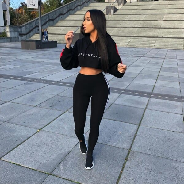 59d4a6619894 Outfits With Hoodies- 40 Ideas How to Wear Hoodies for Women