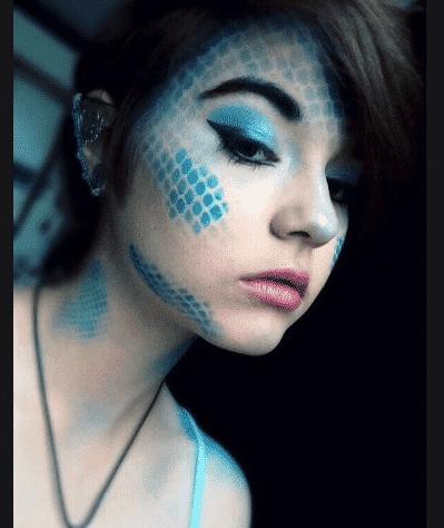makeup halloween teenage girls