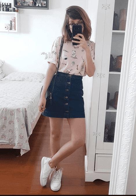 Hot teenage girl