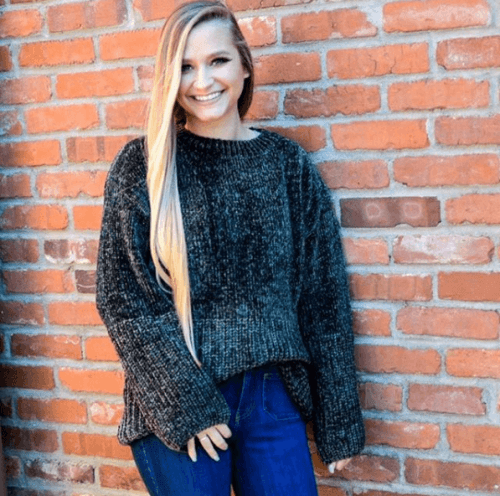 33abb40ee29569 20 Trendy Ideas On How To Wear A Chenille Sweater For Girls