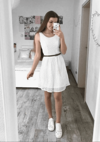 fine latest outfit for girls 2019