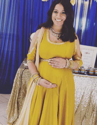 indian maternity outfits