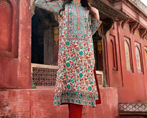 how to wear kurti with jeans