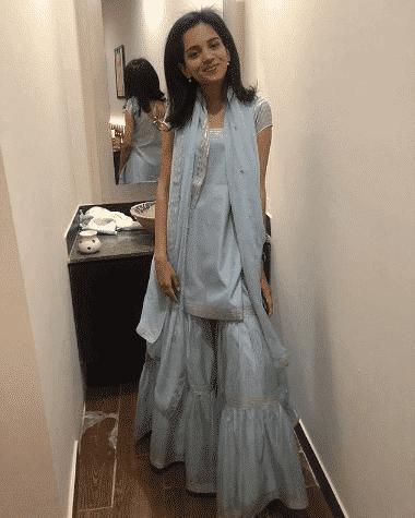 how to wear ghararas