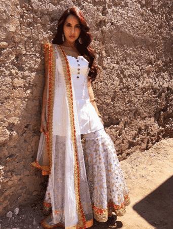 how to wear gharara