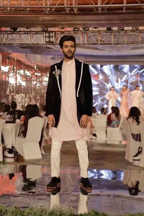 indian male celebrities kurta pajama